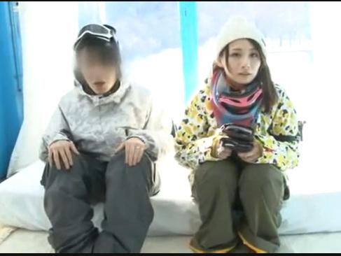 MM号|スキー場のカップルをナンパして彼女にエロマッサージをして中出し