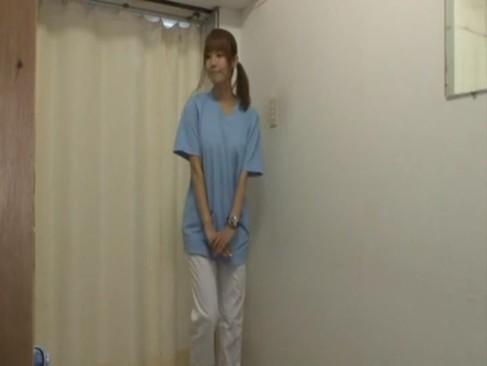 患者さんに迫られてセックスをする看護師