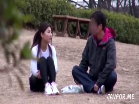 素人動画|ジョギングするスパッツ女子とハメ撮り交渉