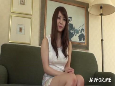 橘優花|巨乳なムチムチ美女とホテルで3P中出しする動画