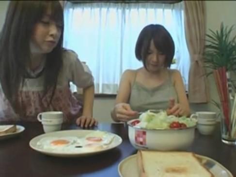 妹と姉と僕|しっかりモノJK妹のオナニーややたら迫ってくるエロ姉と僕